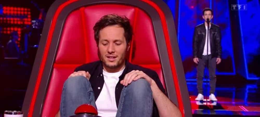 Vianney (The Voice) s'explique sur son incapacité à rester assis !
