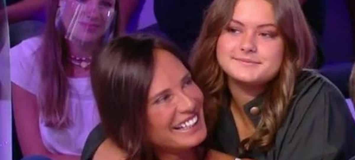 Nathalie Marquay- sa fille Lou Pernaut célibataire et fière de l'être