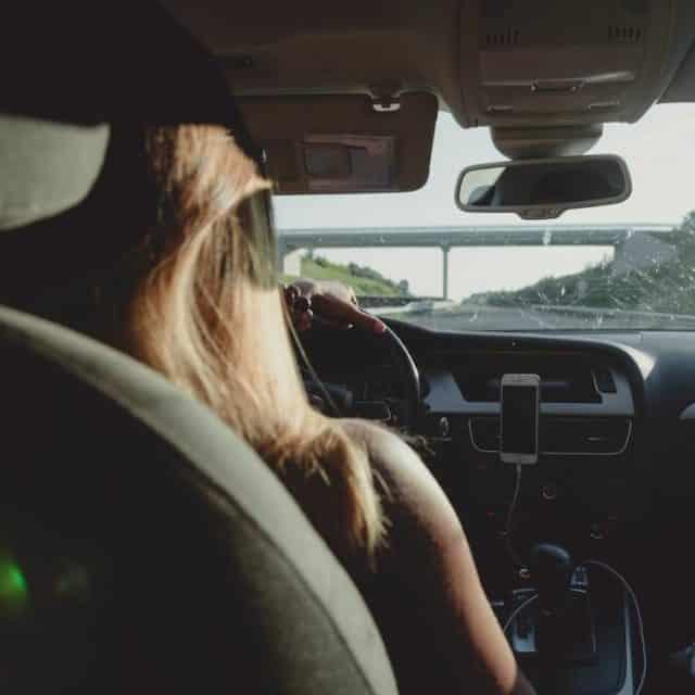 Peut-on passer le permis de conduire avant 18 ans ?