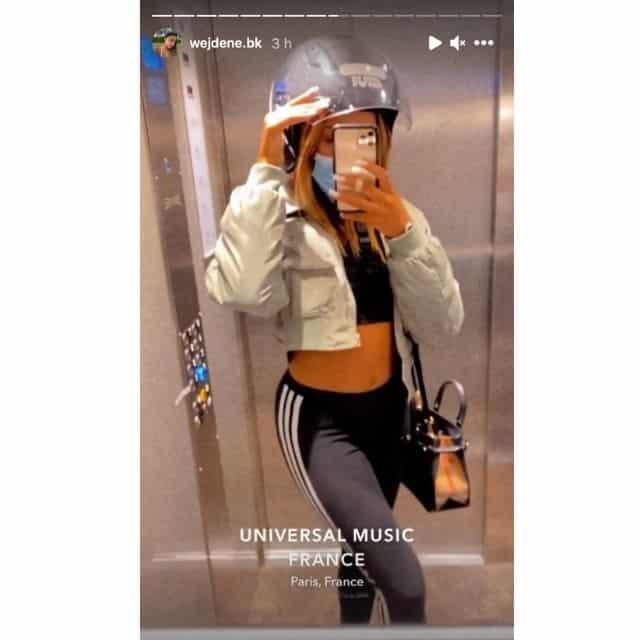 Wejdene dévoile son ventre plat en crop top et legging sur Instagram