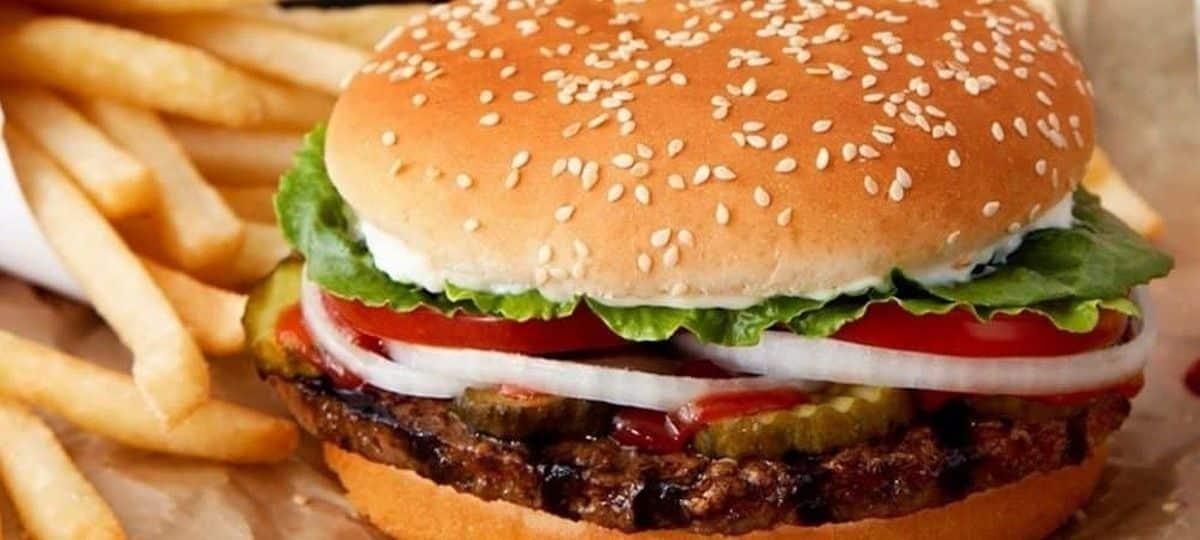 Burger King ressort son burger Whopper au chocolat pour le 1er avril !