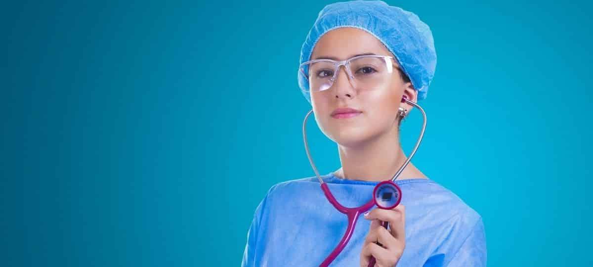 Campus: un jeune lance un site d'offres d'emploi pour les soignants !