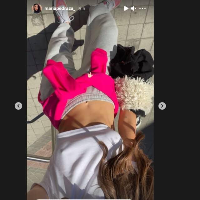 Maria Pedraza dévoile son ventre plat et ses abdos en béton sur Instagram !