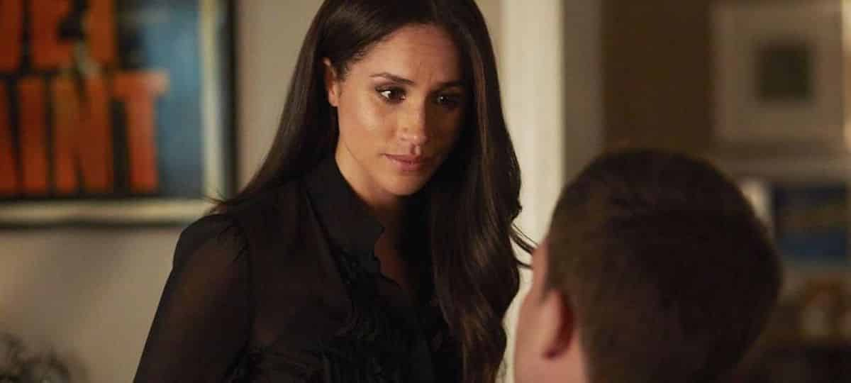 Meghan Markle apparaît dans une photo inédite du tournage de Suits !
