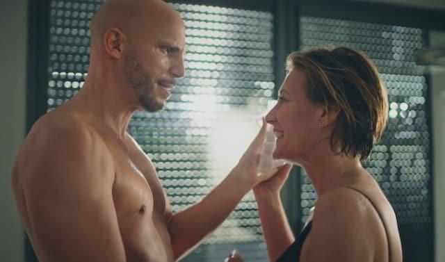 Plus belle la vie: Laetitia sur le point de tromper Sébastien avec Valentin ?
