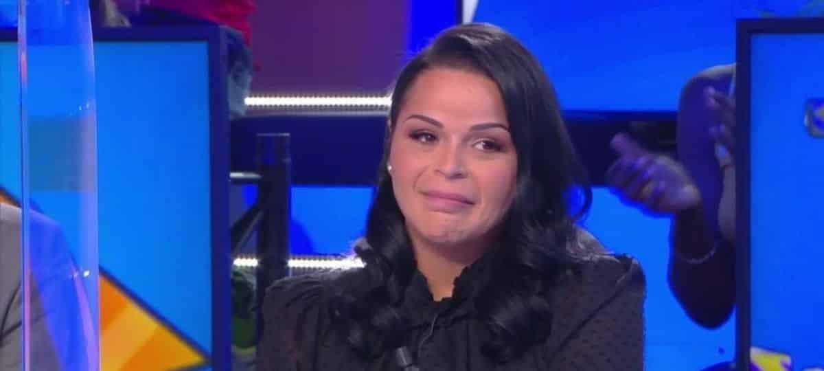 TPMP: Sarah Fraisou fond en larmes et avoue avoir déjà pensé au pire !