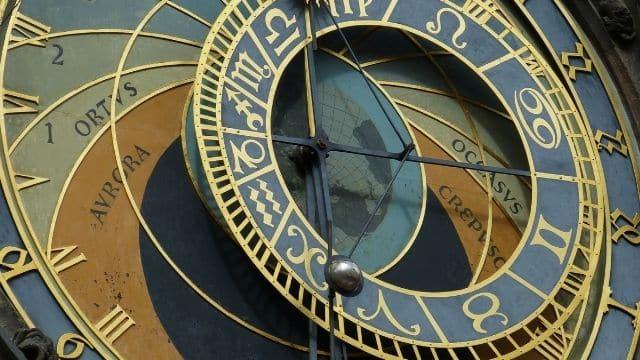 Astrologie: ces 3 signes astro seront chanceux à la fin du mois de mai !