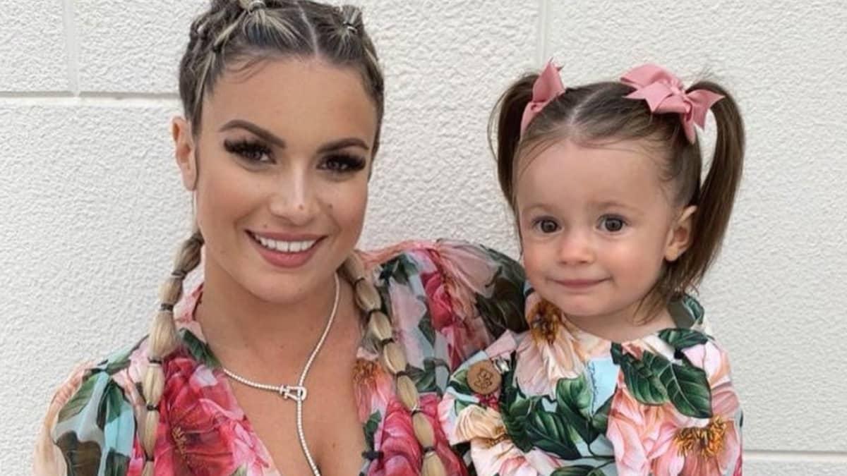 Carla Moreau émerveillée par les incroyable progrès de sa fille Ruby !