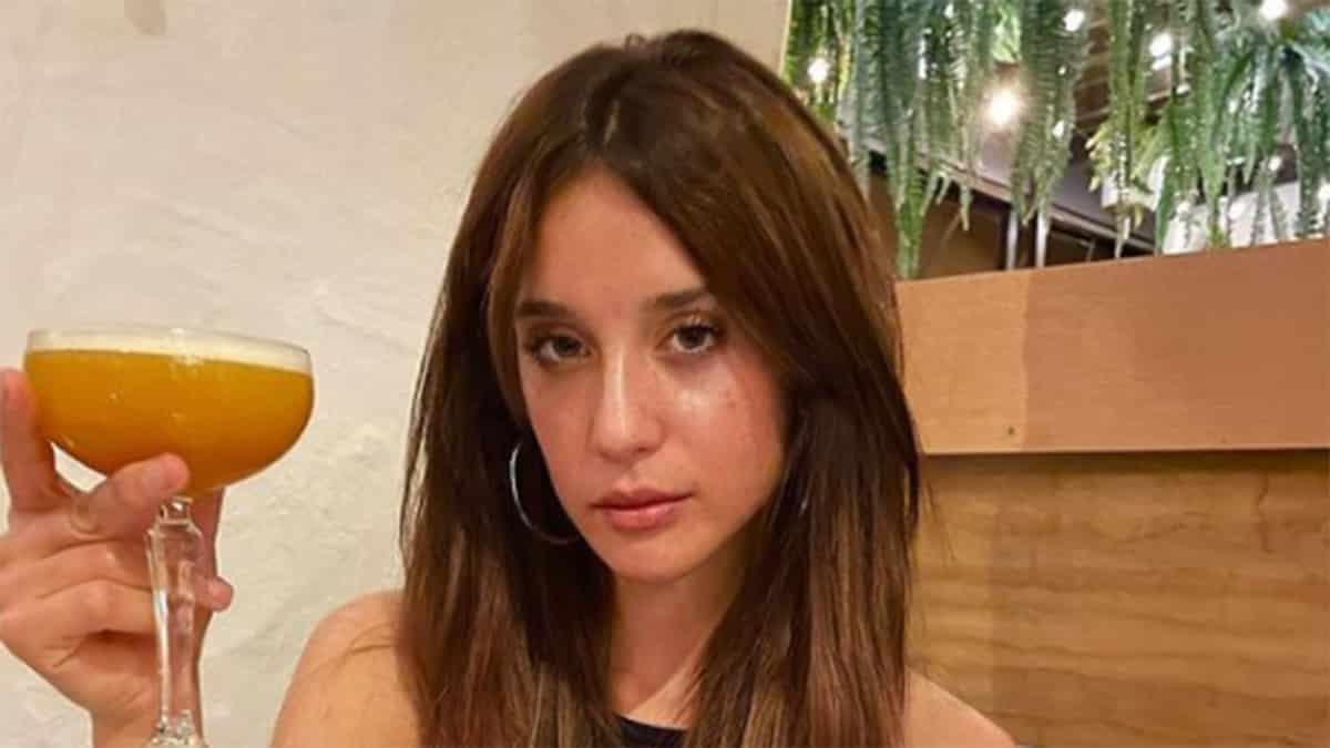 María Pedraza dévoile sa bouche ultra pulpeuse sur Instagram !
