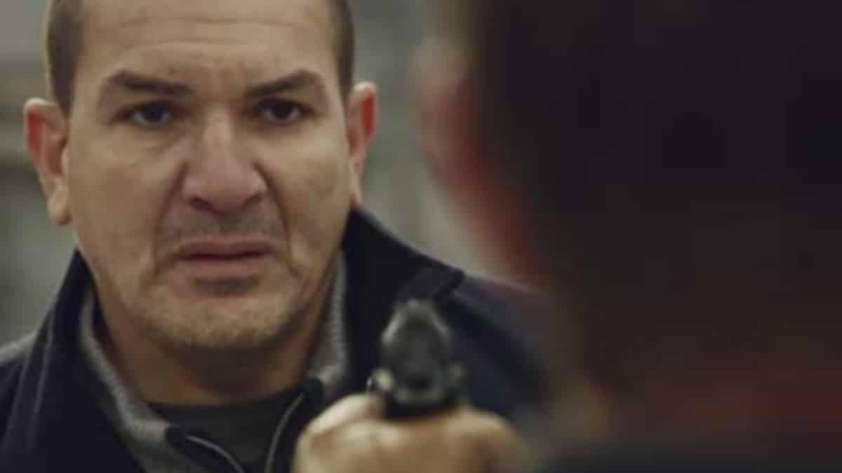 Plus belle la vie: Karim sur le point de tuer Xavier Revel ?