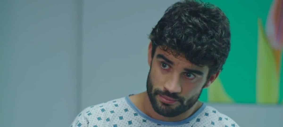 Plus belle la vie: l'interprète de Vidal est médecin dans la vie !