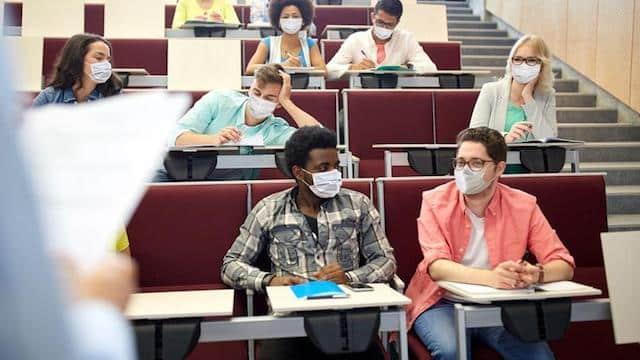 Université: vers une rentrée à 100% en présentiel dans les facs ?