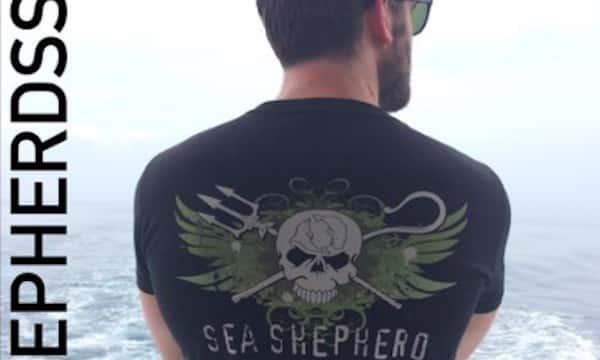 Vikings: Clive Standen se mobilise pour la protection des océans !