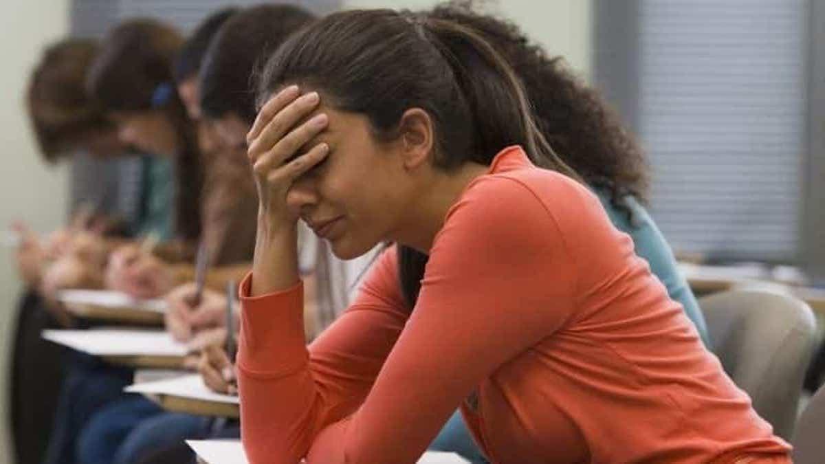 Bac 2021: les étudiants très angoissés à l'arrivée de l'examen !