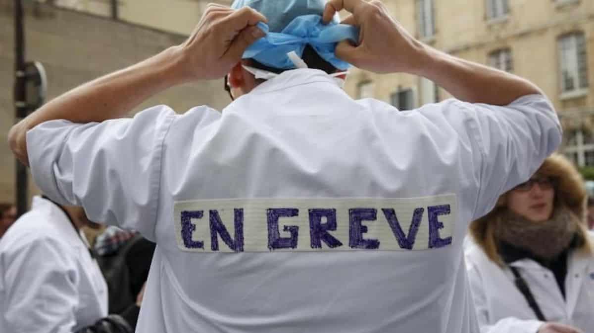 Campus: les internes en médecine demandent le décompte des heures !