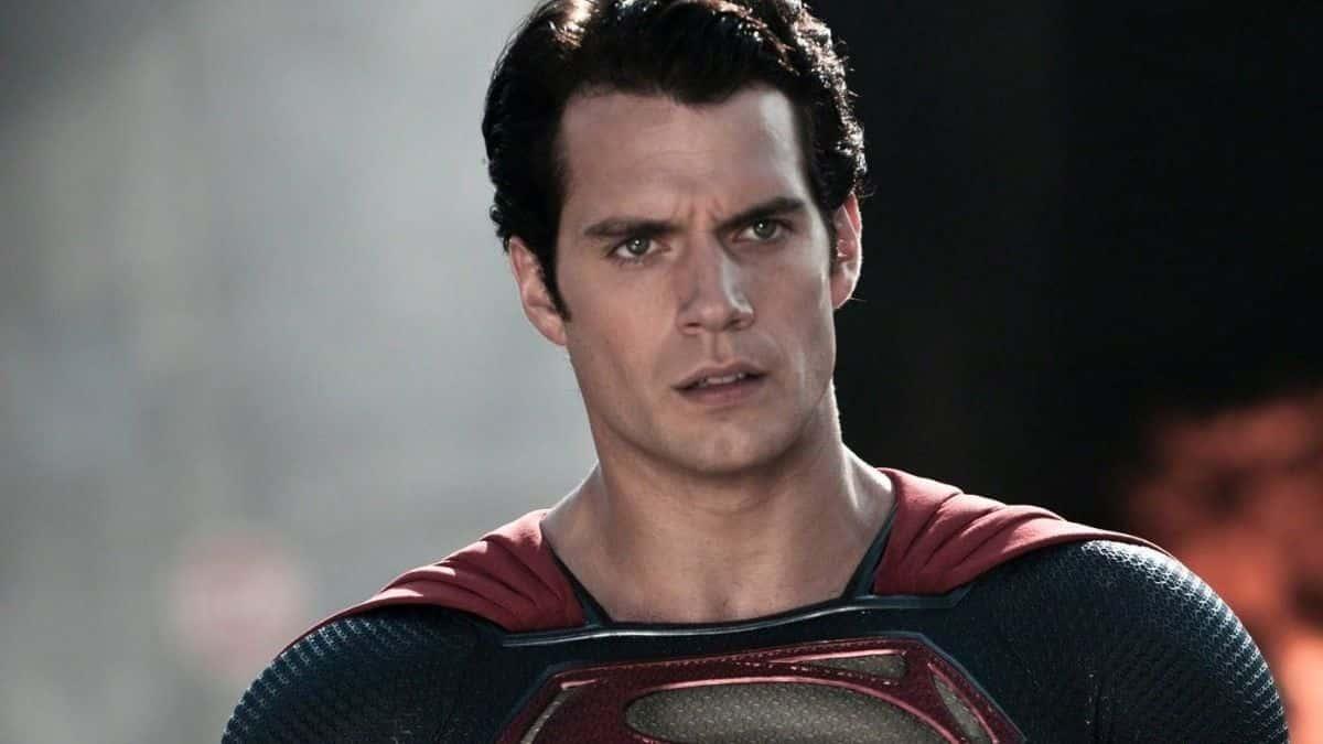 Henry Cavill signe son grand retour au cinéma avec son film Superman ?