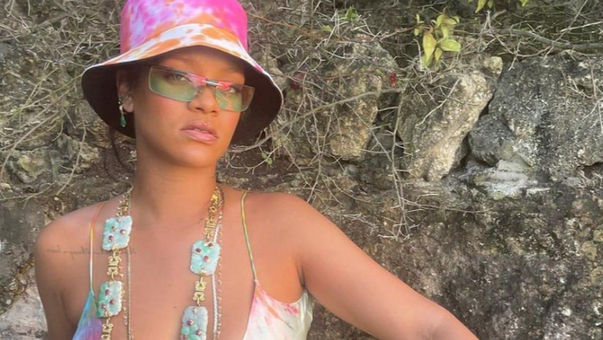 Instagram: Rihanna torride en lingerie Savage x Fenty spéciale Pride !