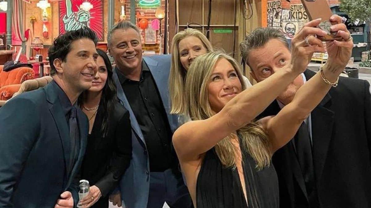 Jennifer Aniston et ses co-stars de Friends gardent leur complicité !