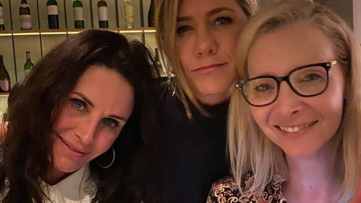 Jennifer Aniston se moque du look de Rachel Green dans Friends !