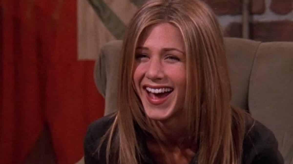 Jennifer Aniston: ses bretelles dans «Friends» à la mode cet été !