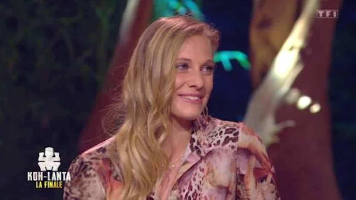 Koh-Lanta: Maxine très émue de remporter la victoire face à Lucie !