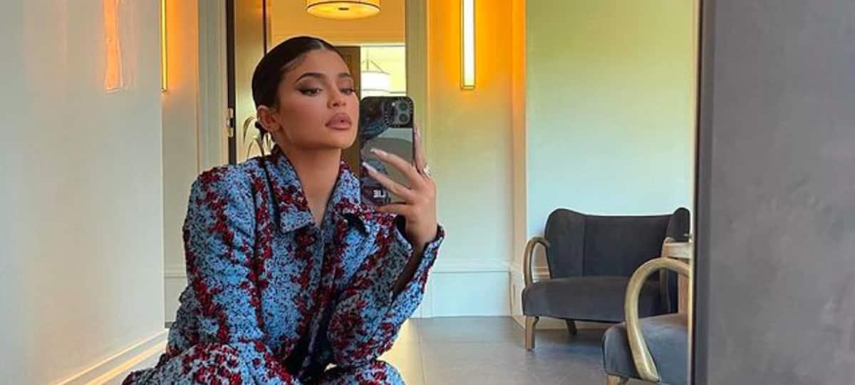 Kylie Jenner s'affiche sensuelle sous sa douche sur Instagram !