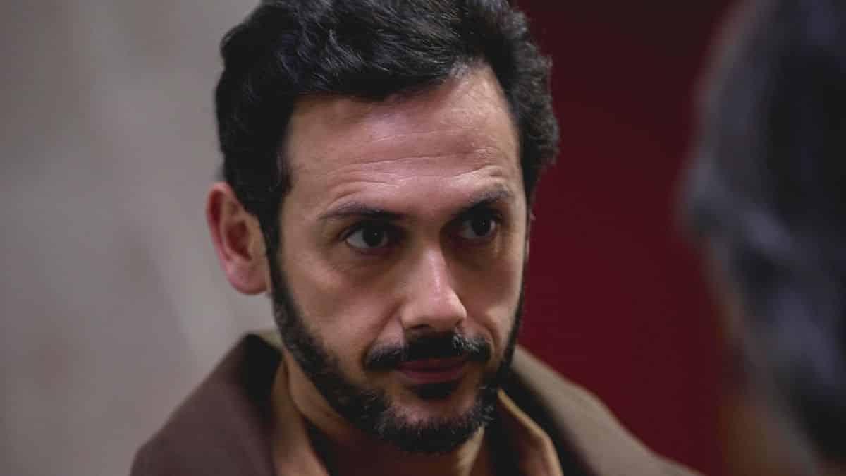 Plus belle la vie: Francesco trahit Estelle et perd sa confiance !