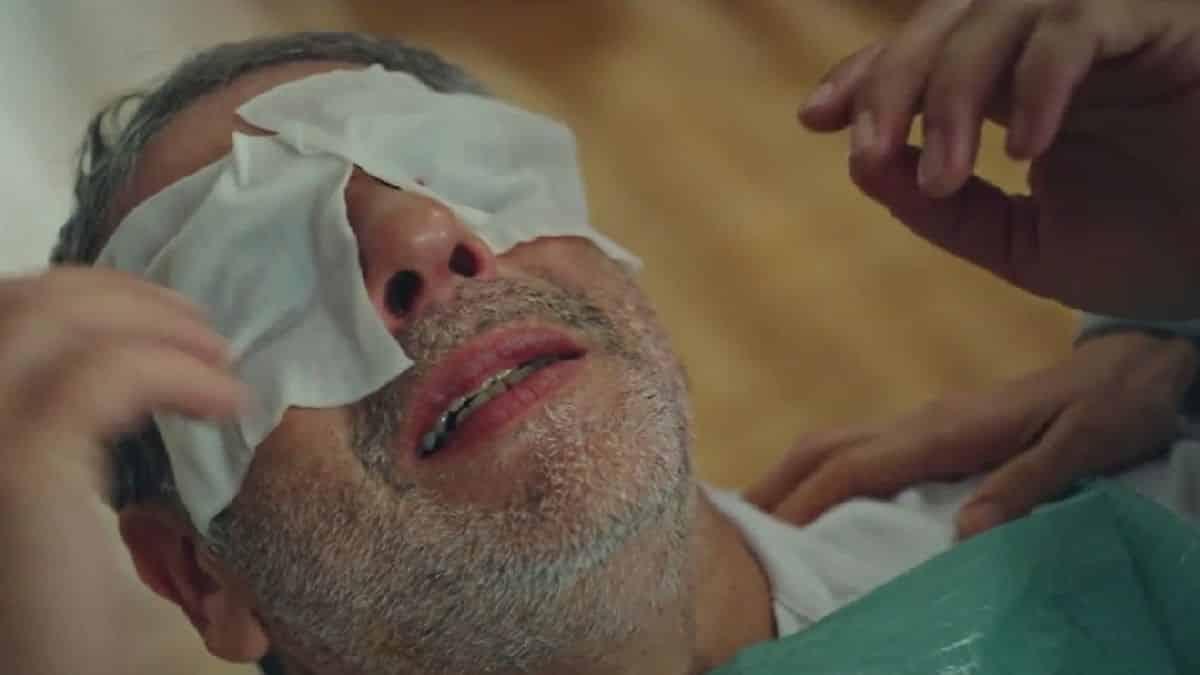 Plus belle la vie: Sacha va perdre la vue à cause de son agression ?