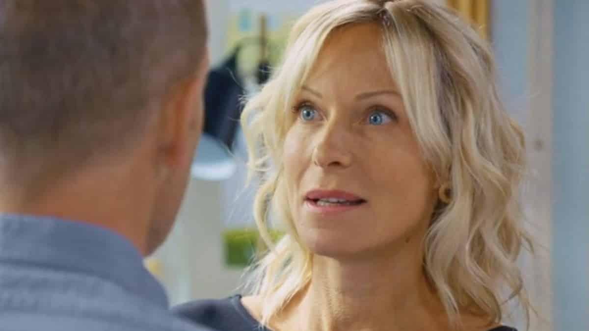Rebecca Hampton (Plus belle la vie) se confie sur son rôle de mère !