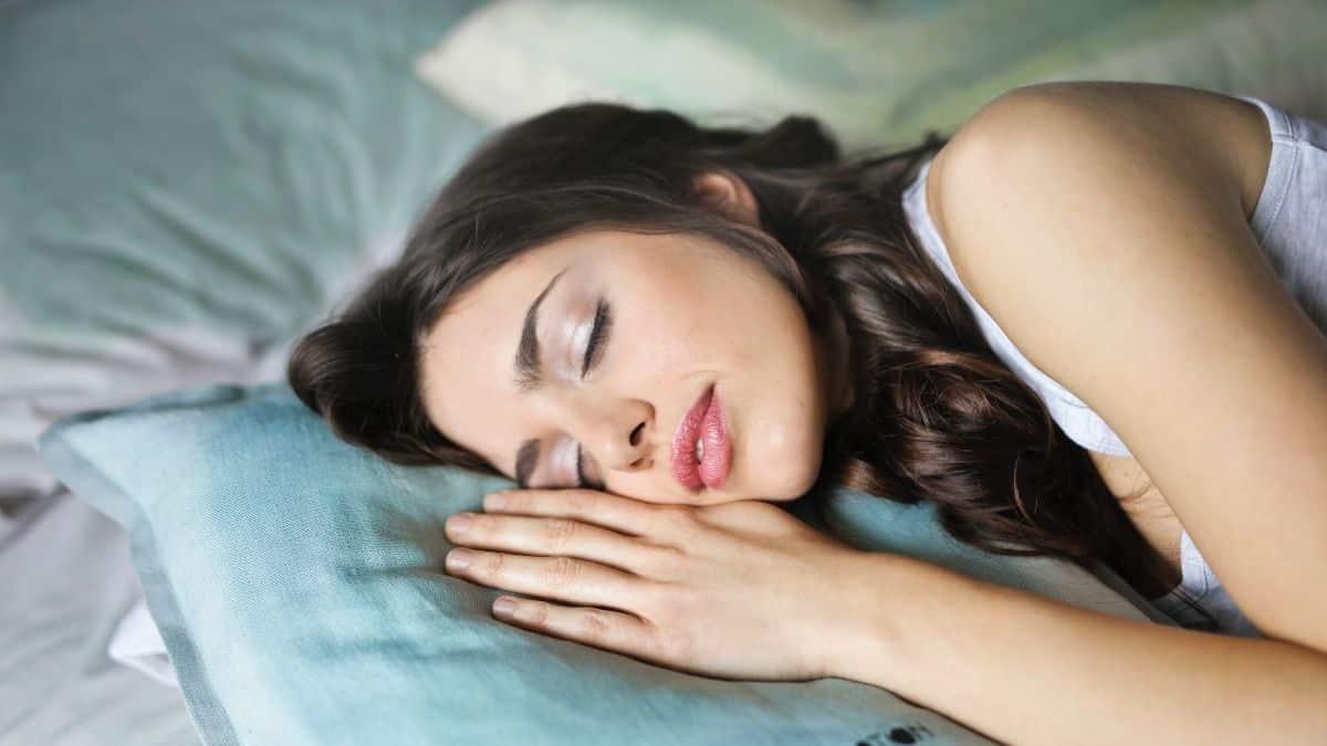 TikTok: une astuce pour refroidir son lit la nuit avec la chaleur !