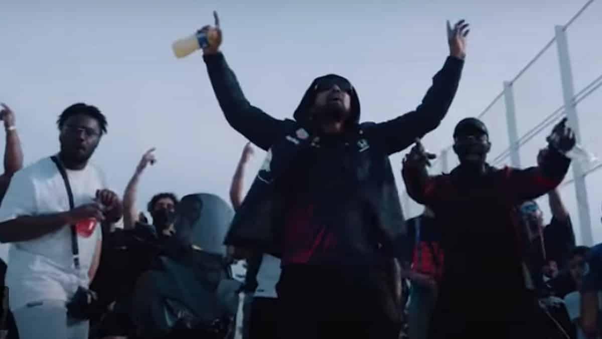 Vikings: Alonzo rend hommage au fils de Ragnar dans le clip «Ivar» !
