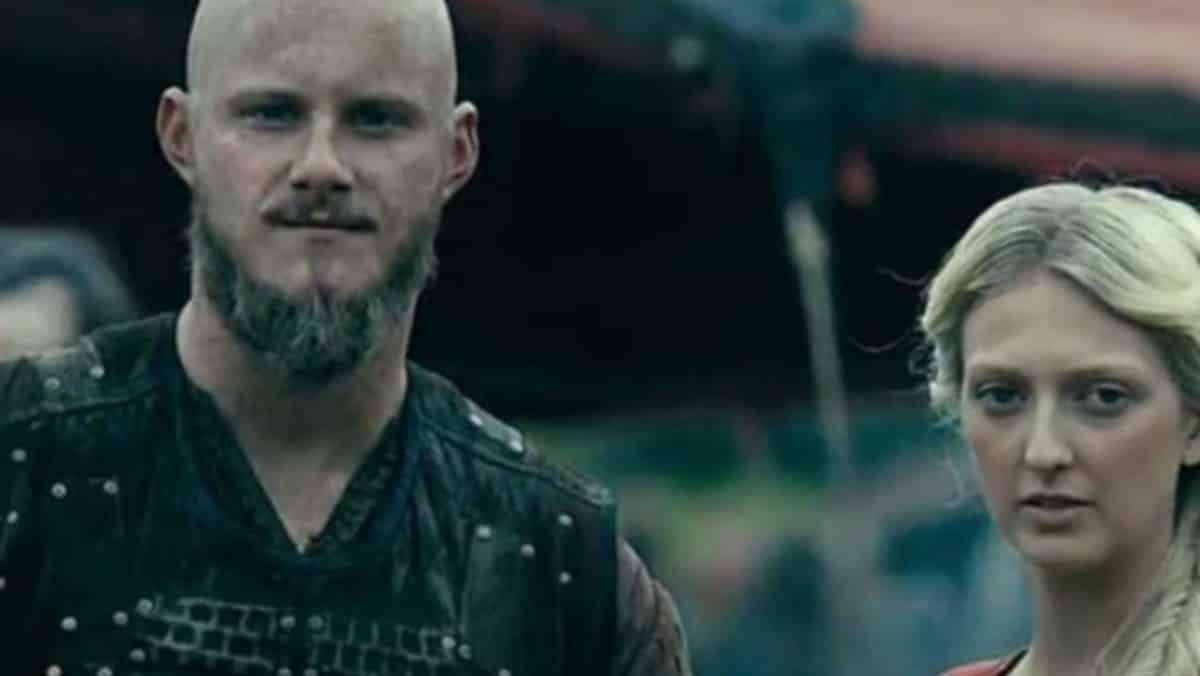Vikings: Top 10 des preuves que Bjorn et Torvi sont des âmes sœurs !