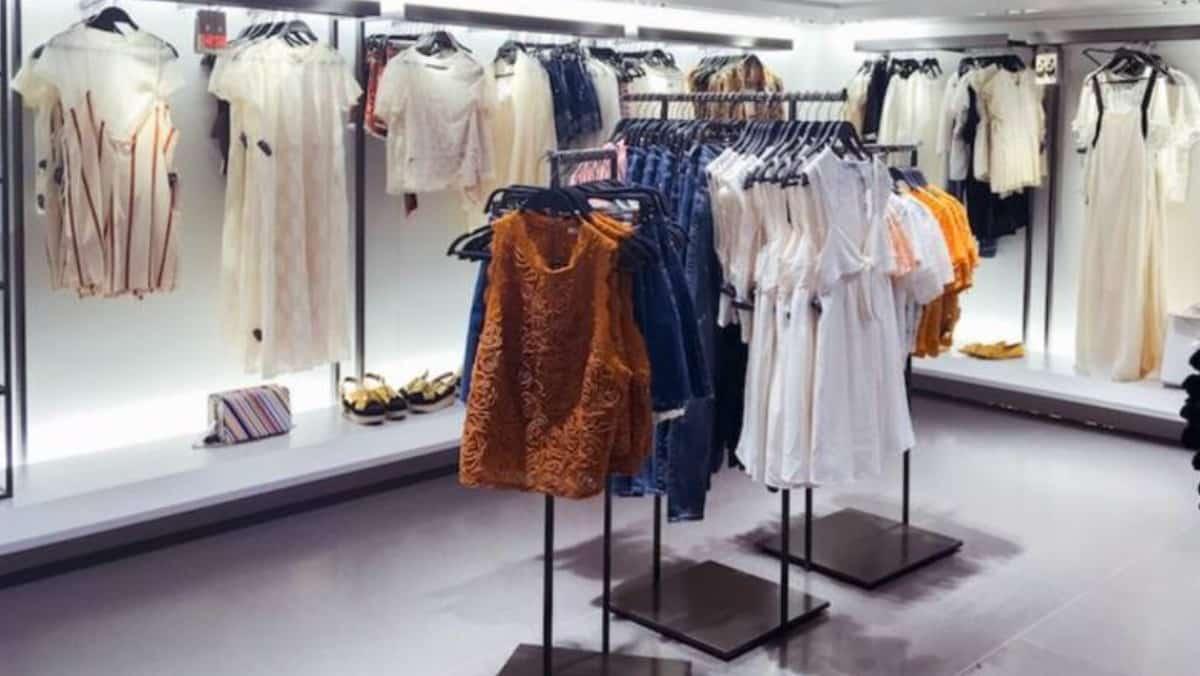 Zara: 2 robes en lin pour être à la mode malgré la chaleur cet été !