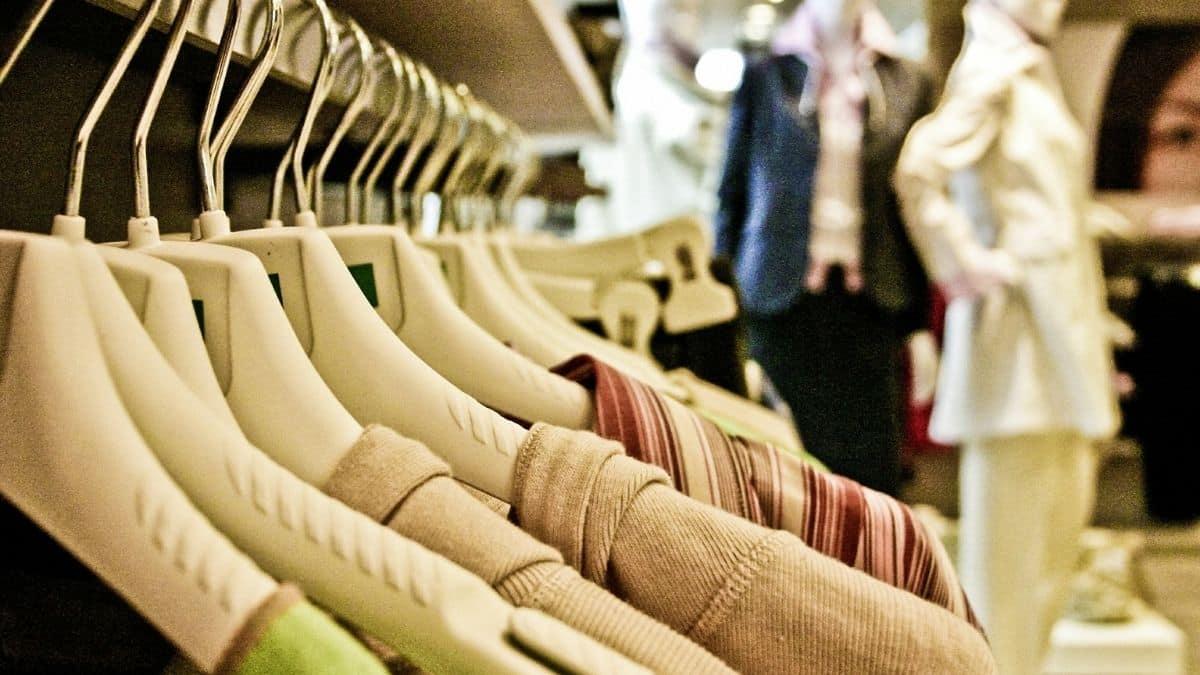 Zara, H&M, Mango: les plus belles tenues en lin pour l'été 2021 !