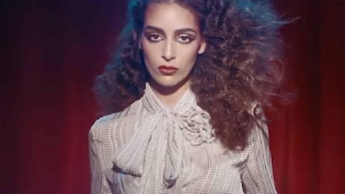 Zara: Nora Attal se dévoile ultra sexy lors d'un shooting beauté !