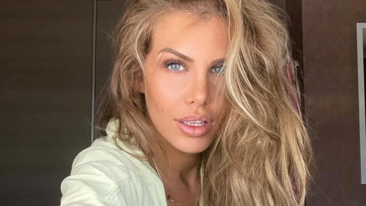 Adixia (Objectif Reste du Monde) s'affiche ultra sexy sur Instagram !