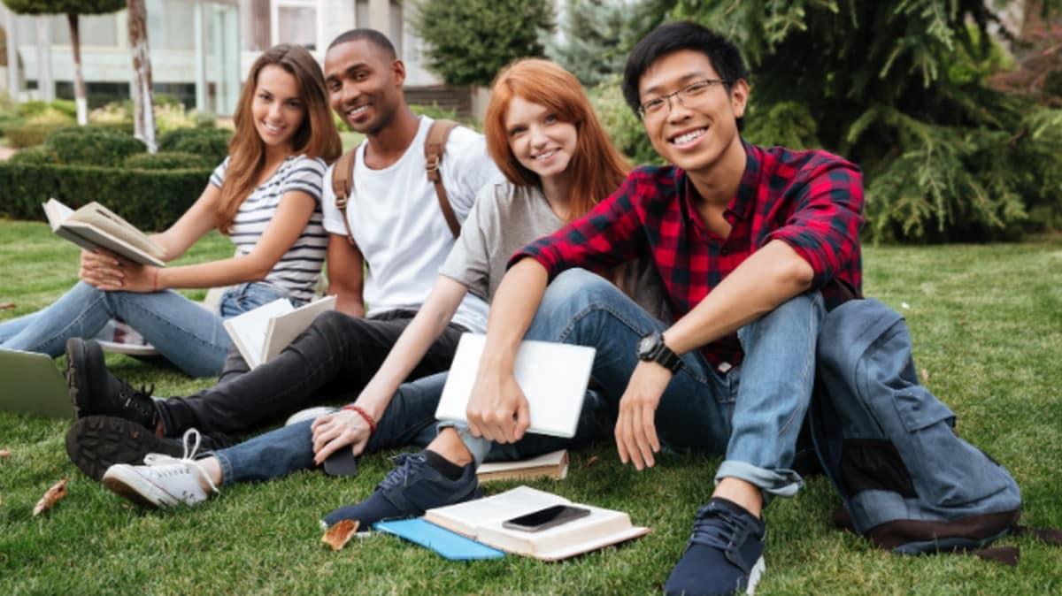 Campus: Top 4 des astuces pour améliorer son anglais pour la rentrée !