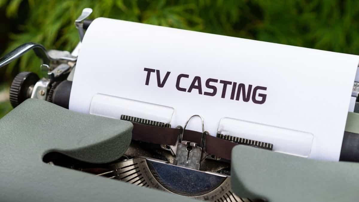Canal+ cherche des figurants étudiants pour une série avec Jean Reno !