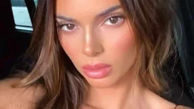 Kendall Jenner: Travis Scott copie son look avec son sac Hermès XXXL !