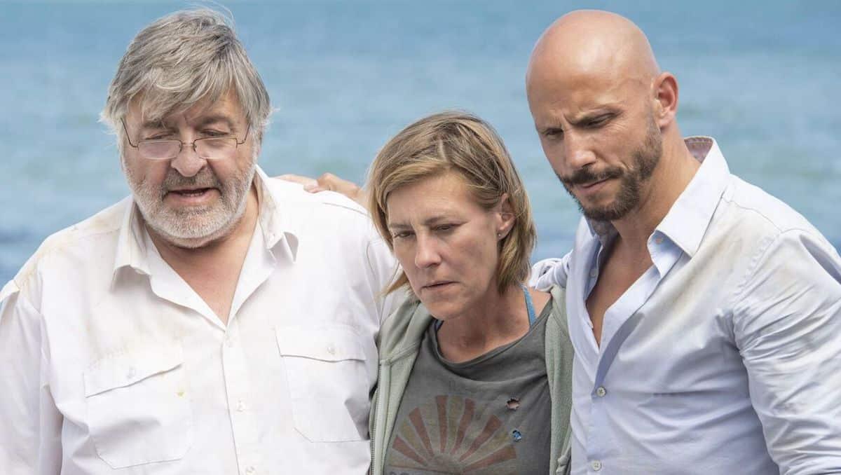 Plus belle la vie: les naufragés sont enfin sauvés par les secours !