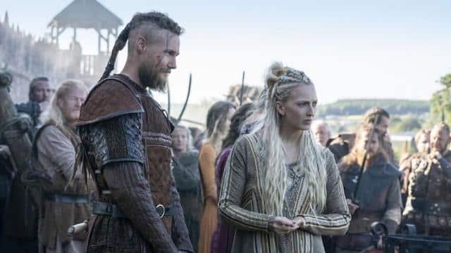 Vikings: des fans de la série organisent un vrai raid avec un drakkar !