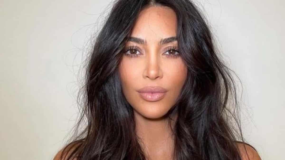 Kim Kardashian critiquée pour avoir écouté «Donda» en sourdine !