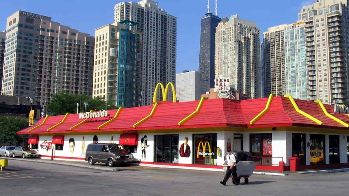 McDonald's: ce fast-food devenu le QG de trois grands-mères BFF !