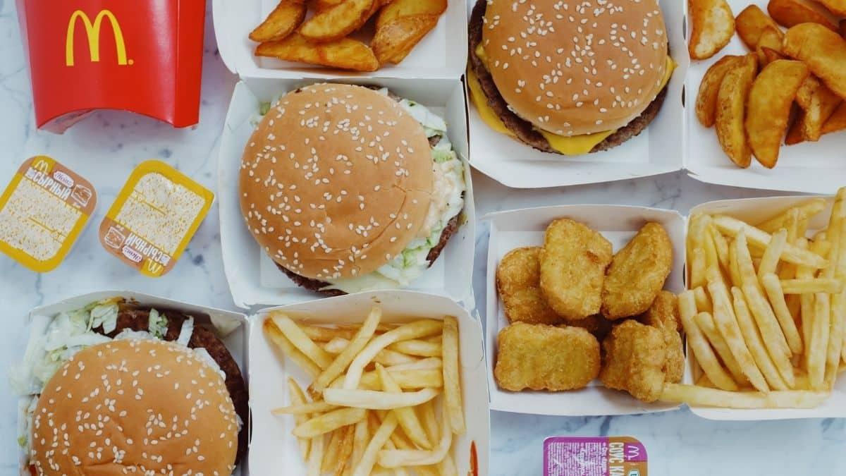 McDonald's lance un nouveau burger BBQ au bacon et au sirop d'érable !