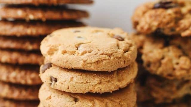 Mcdonald's: un employé balance sur la fabrication des cookies !