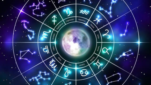 Astrologie: ces 3 signes astro vont vivre un automne romantique !