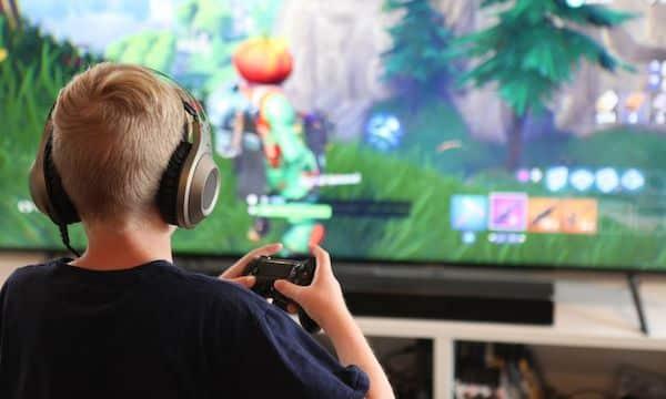 Fortnite: un adolescent de 15 ans jouait 20h par jour au jeu vidéo !
