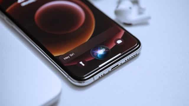iPhone: comment désactiver Siri sur le téléphone portable ?