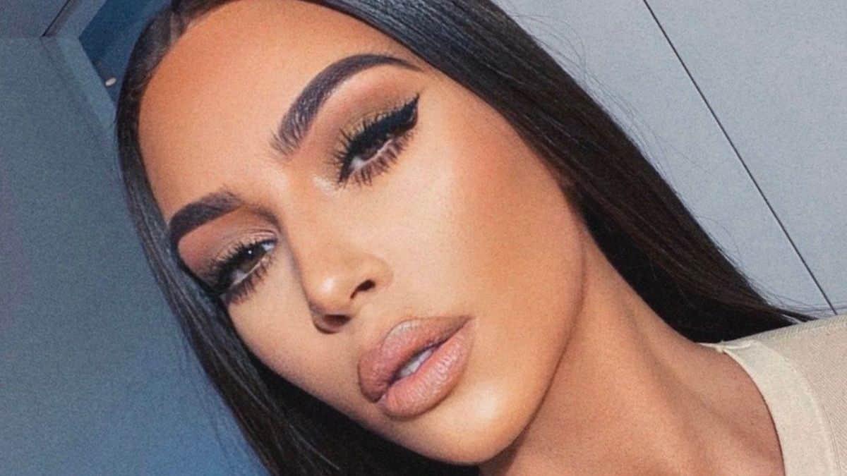 Kim Kardashian offre un sac Hermès à son ancienne assistante Stéphanie !