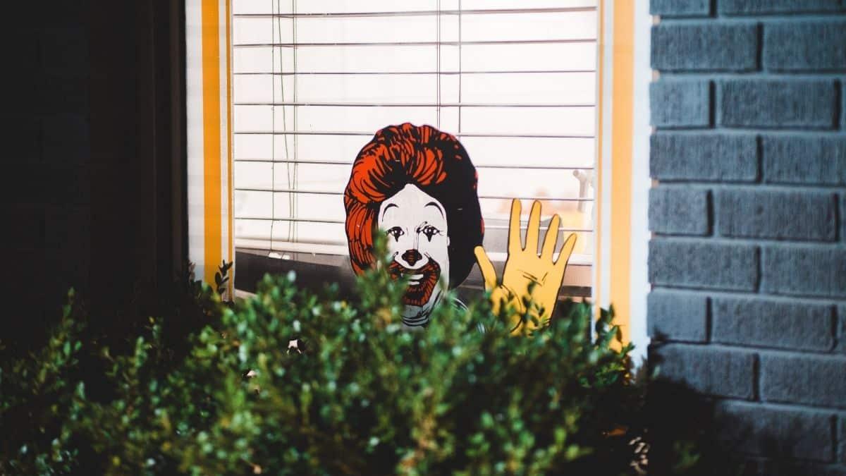 McDonald's surfe sur la grande tendance de la rentrée 2021 le Pop it !